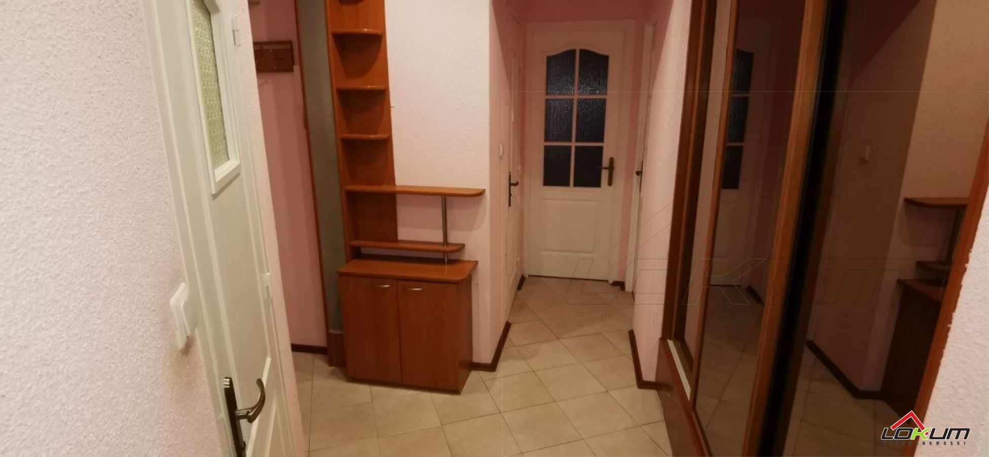 fotografia oferty  Trzy pokoje z garderobą Mielecul